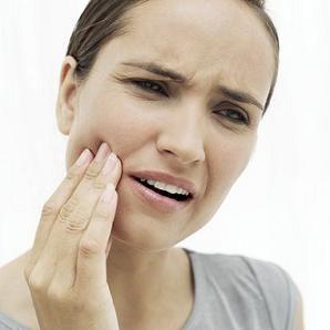 抜歯後の穴ノの痛み